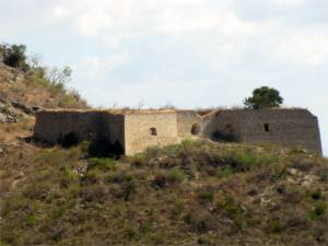 Décidé to the southeast